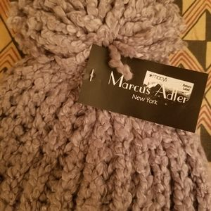 Nwt- Women's Marcus Adler silver knit hat